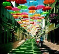Umbrellaas.