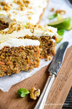 Carrot Cake nach Jamie Oliver Carrot Cake after Jamie Oliver kunterbuntweissblau I food and travel b Jamie Oliver, Grilled Desserts, Bolo Cake, Gateaux Cake, Chiffon Cake, Food Cakes, Savoury Cake, Egg Recipes, Cupcake Recipes