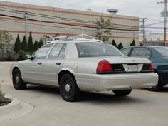 2006 Ford Crown Vic  Interceptor.