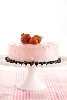 Simply Delicious Strawberry Cake #pauladeen