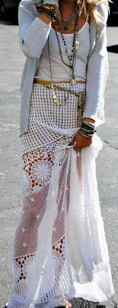 The perfect summer outfit-white maxi skirt and layered necklaces http://momsmags.net/top-10-best-maxi-skirts-shorter-women/