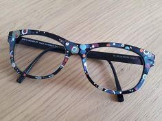 Cute Glasses Frames, Womens Glasses Frames, Eyeglasses Frames For Women, Online Eyeglasses, Fashion Eye Glasses, Look Fashion, Specs, Eyewear, Eye Candy