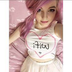 Includes Ihascupquake,Ashleymarieegaming,LDshadowlady,Aphmau,and Aureylian Youtube Gamer, Smiles And Laughs, Best Youtubers, Celebs, Celebrities, Pink Hair, Best Funny Pictures, Comedians, Bath And Body