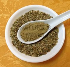 Oregano Leaf Powder Shaker