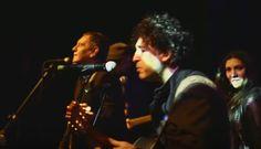 El Gobierno pagó 24 millones a Carlos Cabezas y Manuel Garcia por una canción que nadie escuchó