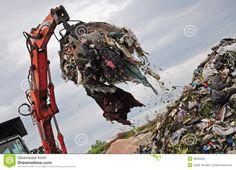 landfill-claw-machine-working-garbage-36029592.jpg (1300×940)