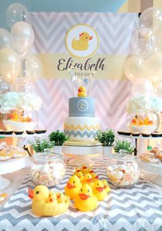 Take a classic theme and make everyone smile with this Rubber Duck Birthday Party here at Kara's Party Ideas! Rubber Duck Birthday Party Ideas, Rubber Ducky Birthday, Rubber Ducky Party, Birthday Ideas, Cake Table Birthday, Pink Birthday Cakes, 1st Boy Birthday, Boy Birthday Parties, Baby Shower Duck