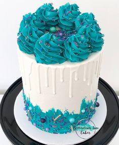 Pin by dana nygaard on work cake ideas кремовый торт, торт, вкусняшки. Beautiful Birthday Cakes, Beautiful Cakes, Amazing Cakes, Pretty Cakes, Cute Cakes, Mini Cakes, Cupcake Cakes, Tall Cakes, Bolo Cake