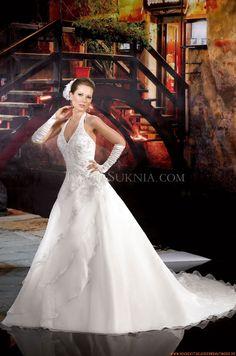 Romantische Brautkleider 2014 aus Organza mit Stickerei