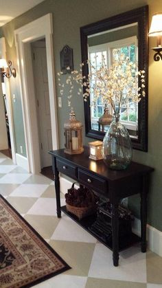 Check this, you can find inspiring Photos Best Entry table ideas. of entry table Decor and Mirror ideas as for Modern, Small, Round, Wedding and Christmas. Sweet Home, Diy Casa, Hallway Decorating, Decorating Ideas, Hallway Table Decor, Sofa Table Decor, Home Entrance Decor, Entry Table Decorations, Livingroom Table Decor