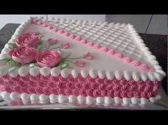 bolo decorado com chantilly retangular - Pesquisa Google