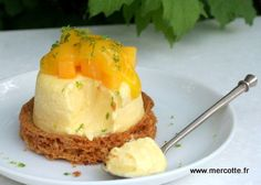 Cheesecake Passion Mango version Christophe Michalak… - Cheesecake passion eats Breton shortbread More - Thermomix Desserts, No Cook Desserts, Mini Desserts, Easy Desserts, Dessert Recipes, Chocolates, Cheesecake Cupcakes, Cheesecake Recipes, Sweet Recipes
