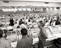 An IBM engineer recalls how one man saved an almost-aborted Apollo 11 moon mission on the feat's anniversary. Moon Missions, Apollo Missions, Software Programmer, Apollo 11 Mission, D Day Landings, Writing Software, Fortune Magazine, Mission Control, Past Life