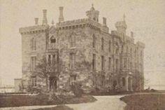"1870 . The ""Smallpox Hospital"" on Blackwells Island"