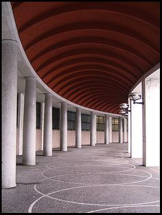 Giovanni Muzio 12 February 1893 21 May 1982 was an Italian architect Muzio was born and died in Milan He was closely associated with the fascist Novecen Architecture Details, Interior Architecture, Fascist Architecture, Ceiling Design, Facade, Cool Photos, Pergola, Outdoor Structures, Building