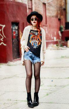 le happy t-shirt sweater shorts hat shoes