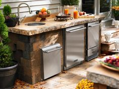 Explore Pictures Of Beautiful Outdoor Kitchen Design Ideas For Inspiration On Your Own Backyard Cooking Space