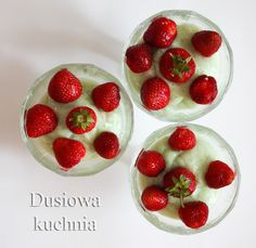 gooseberry mousse with strawberries