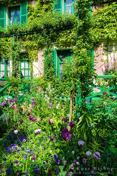 Claude Monet house and gardens, Giverny, France ჱ ܓ ჱ ᴀ ρᴇᴀcᴇғυʟ ρᴀʀᴀᴅısᴇ ჱ ܓ ჱ ✿⊱╮ ♡ ❊ ** Buona giornata ** ❊ ~ ❤✿❤ ♫ ♥ X ღɱɧღ ❤ ~ Thu 12th Feb 2015