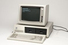 IBM PC XT Series (1983).