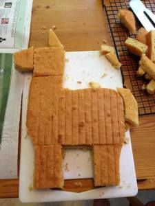 How to build an alpaca Llama cake A llama party impresses with the beautiful colors and loving face of the llamas. Cake Cookies, Cupcake Cakes, Llama Birthday, 9th Birthday, Birthday Ideas, Women Birthday, Cake Birthday, Animal Cakes, Gateaux Cake