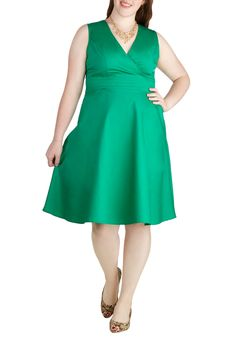 Beguiling Beauty Dress in Green | Mod Retro Vintage Dresses | ModCloth.com