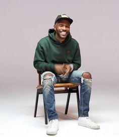 hoursuponseconds: Frank Ocean For Boys Don't Cry. Mac Miller, Black Boys, Black Men, Pretty Boys, Beautiful Men, Hip Hop, Street Wear, Celebs, Mens Fashion