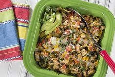 There& enough of a fiesta in this casserole to excite anyone& taste buds. Our Chicken Taco Bake is a Tex-Mex lovers dream and it& healthier for you too, & it& made with lots of spinach, fresh salsa, and reduced-fat cheese. Healthy Mexican Recipes, Diabetic Recipes, Low Carb Recipes, Cooking Recipes, Diabetic Foods, Mexican Cooking, Baked Chicken Tacos, Taco Bake, Low Carb Casseroles