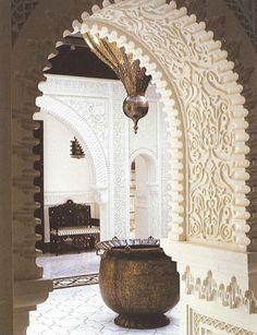 arch, lobbi, grand entrance, hotel lobby, moroccan style, arabesque, moroccan decor, alberto pinto, floor mats