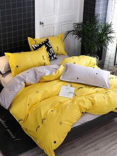 Comprar Fashion Yellow Eyelash pattern Blend cotton Bedding set Bedclothes Duvet Cover Bed Sheets Pillowcase Twin Double Full Queen King size em Wish - Comprar ficou mais divertido Bedroom Sets, Bedroom Decor, Master Bedroom, Bedrooms, Diy Zimmer, Yellow Bedding, Yellow Bed Sheets, Bedclothes, Simple Bed