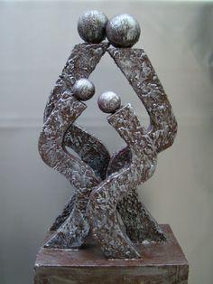 Powertex - Google zoeken Modern Sculpture, Sculpture Art, Papercrete, Diwali Diy, Rustic Shabby Chic, Stone Art, Mixed Media Art, Metal Art, Fused Glass