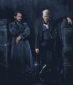This Harry Potter personality quiz will determine if you are more like Albus Dumbledore or Gellert Grindelwald. Gellert Grindelwald, Crimes Of Grindelwald, Johnny Depp, Mundo Harry Potter, Harry Potter World, Albus Dumbledore, Hogwarts, Disneysea Tokyo, Yer A Wizard Harry