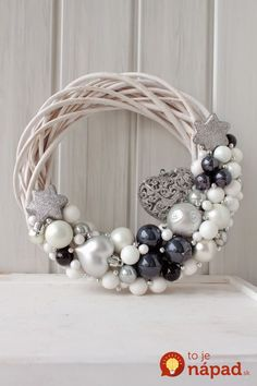 Are you looking for inspiration for christmas wreaths?Check out the post right here for unique Xmas ideas.May the season bring you joy. Noel Christmas, Winter Christmas, Christmas Ornaments, Christmas Quotes, Diy Wreath, Ornament Wreath, Wreath Ideas, Christmas Inspiration, Christmas Ideas