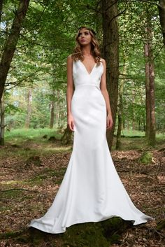 Meri Gown | Vegan | Ethical |Modern Bridal | Sell My Wedding Dress, Buy Wedding Dress Online, Used Wedding Dresses, Bridal Dresses, Ea, Wilderness, Dresses Online, Gowns, Couture
