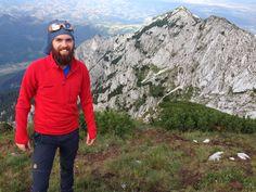 Munții Piatra Craiului-Creasta Nordică prin Brâul Caprelor Mountaineering, Climbing, Hill Walking, Rock Climbing