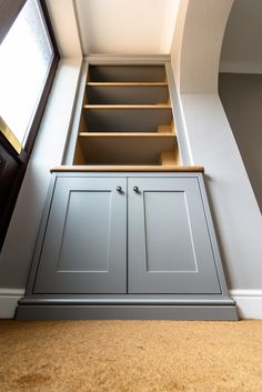 Grey alcove cabinets with oak details. Fitted by TW Bespoke in Burton upon Trent, Staffordshire. Living Room Cupboards, Built In Shelves Living Room, Living Room Storage, Victorian Living Room, Cottage Living Rooms, Home Living Room, Victorian House, Alcove Storage, Alcove Shelving