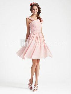 A-line V-neck Sleeveless Knee-length Chiffon Bridesmaid Dress