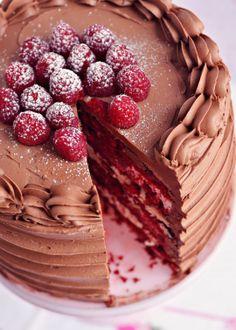 red velvet and raspberry supreme cake. #receipe