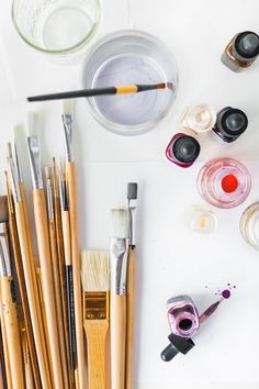 STILL LIFE: Art Supplies Hello, gorgeous art supplies. We can never have enough inspiration to create! Flat Lay Photography, Still Life Photography, Artistic Photography, Creative Photography, Art Photography, Flatlay Styling, Desk Styling, Still Life Art, Aesthetic Art