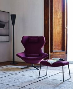 Buy the Metropolitan Footstool by B&B Italia from our designer lounge seating collection at Chaplins - Showcasing the very best in modern design. Contemporary Furniture, Luxury Furniture, Furniture Design, Spool Chair, Cheap Adirondack Chairs, Childrens Rocking Chairs, Purple Chair, Italia Design, Velvet Armchair