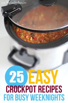 Want to simplify your dinner routine? Stock your freezer with crockpot freezer meals! Here are 25 of my favorites (printable recipes and grocery list included! There's no cooking required ahead of… Crock Pot Food, Crockpot Dishes, Crock Pot Slow Cooker, Slow Cooker Recipes, Dinner Crockpot, Crockpot Meals, Real Food Recipes, Cooking Recipes, Easy Recipes