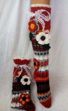 Wool Socks, Knitting Socks, Knitting Ideas, Knits, Elsa, Knit Crochet, Flower, Sewing, Winter