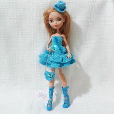 Комплект для куклы Ever After High:  платье, шляпка, сумочка, сапоги