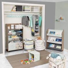 Kids Storage Units, Toy Storage Bins, Toy Organization, Toddler Closet Organization, Nursery Closet Organization, Organize Kids Closets, Baby Clothes Storage, Baby Storage, Storage Cubes