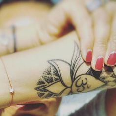 🕉 #Tattoos #bodyjewellery #Bracelet #MakeAWish  #TravellingConverse #iloveblossom Body Jewellery, Make A Wish, Bracelet, My Love, Tattoos, Instagram Posts, Tatuajes, Wristlets, Tattoo