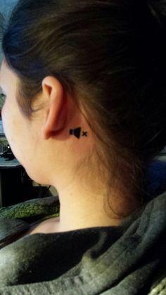 Co znamená toto tetování? http://www.koule.cz/cs/clanky/genialni-tetovani-hlucha-divka-je-hitem-internetu-60789.shtml