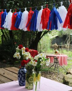 Best Patriotic Day Banner ideas to spread the holiday cheer - Hike n Dip 4th Of July Party, Fourth Of July, Happy July, Bastille Day, Felt Garland, 4th Of July Decorations, Australia Day, Easter Crafts, Memorial Day