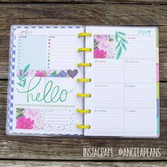 During my Europe travels, I kept up with my planners! Check out all of the planner spreads from when I was traveling around Europe for some inspiration! Planner Layout, Planner Ideas, 2015 Planner, Blog Planner, Digital Bullet Journal, Planner Dashboard, Mini Happy Planner, Printable Planner Stickers, Free Printables