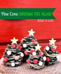 Kids Craft: Pine Cone Christmas Trees