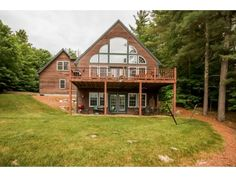 174 Skyline Dr, Moultonborough, NH as presented by Verani Realty